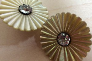 AntiqueButtons_5