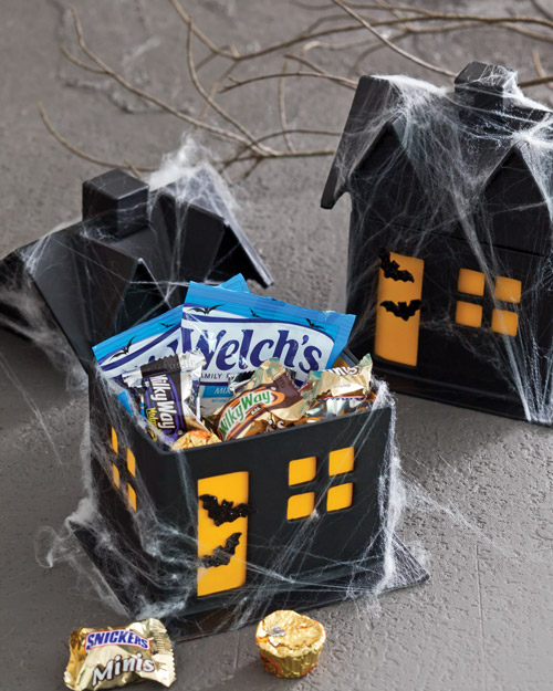 DIY Halloween Treats - Haunted House Gift Boxes