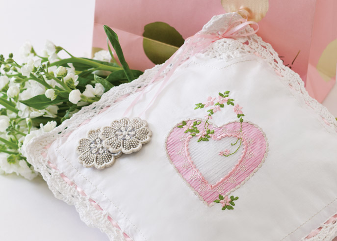Classic Sewing downloads are available