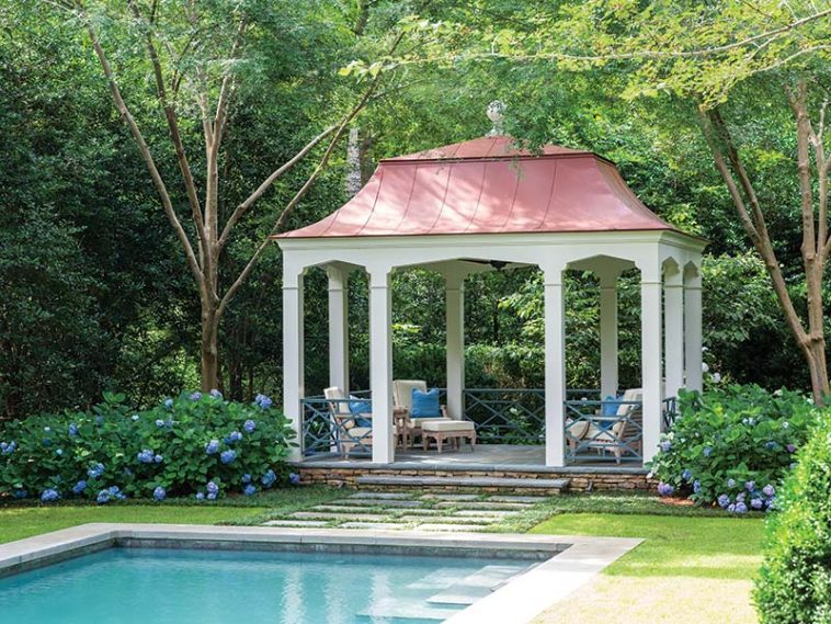 garden, pergola and pool